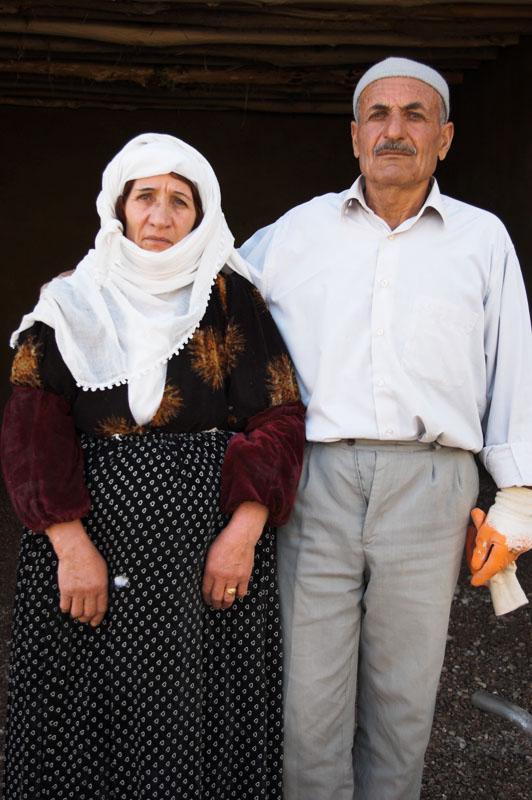 동네의 이맘 부부